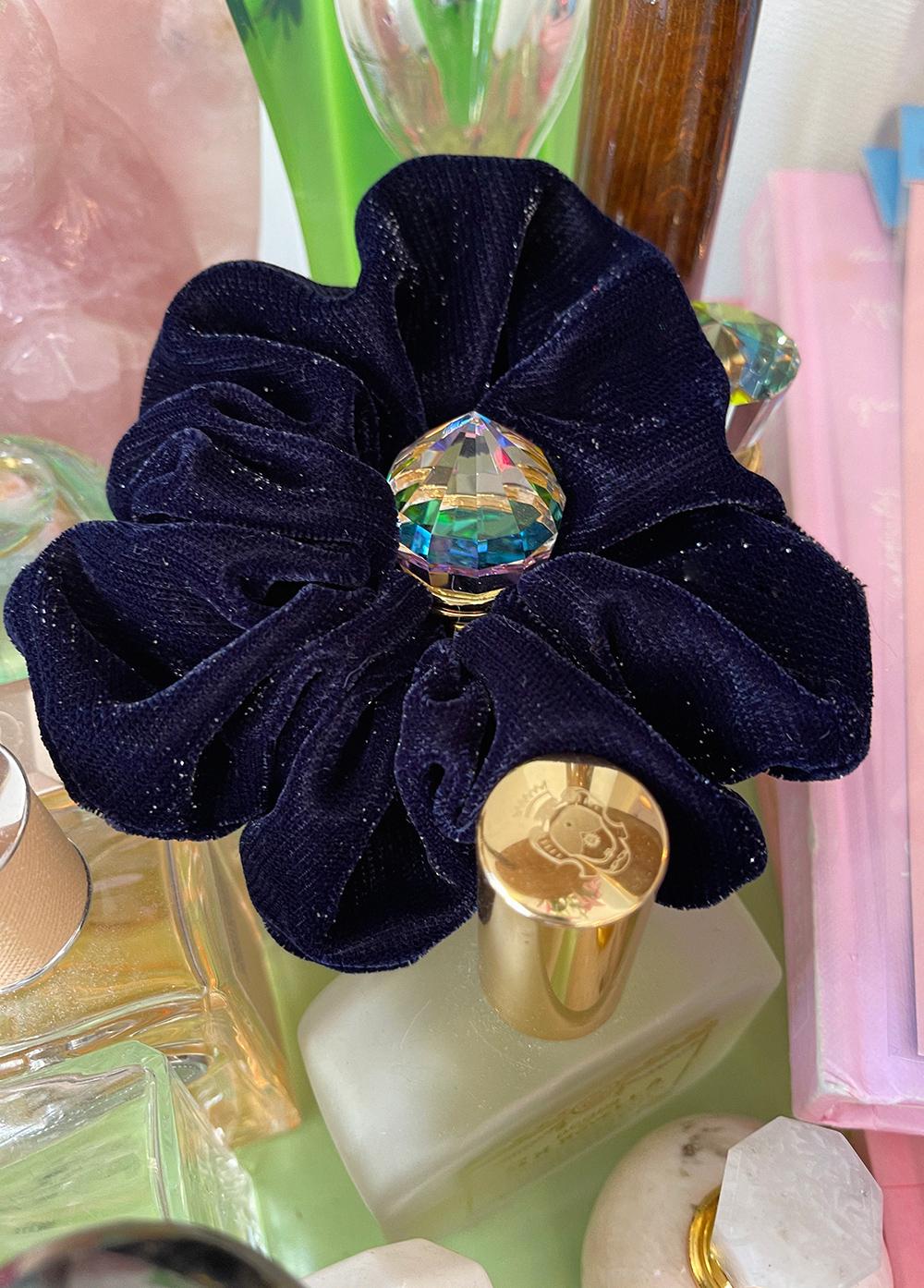 (navy) velvet ribbon twinkle chouchou