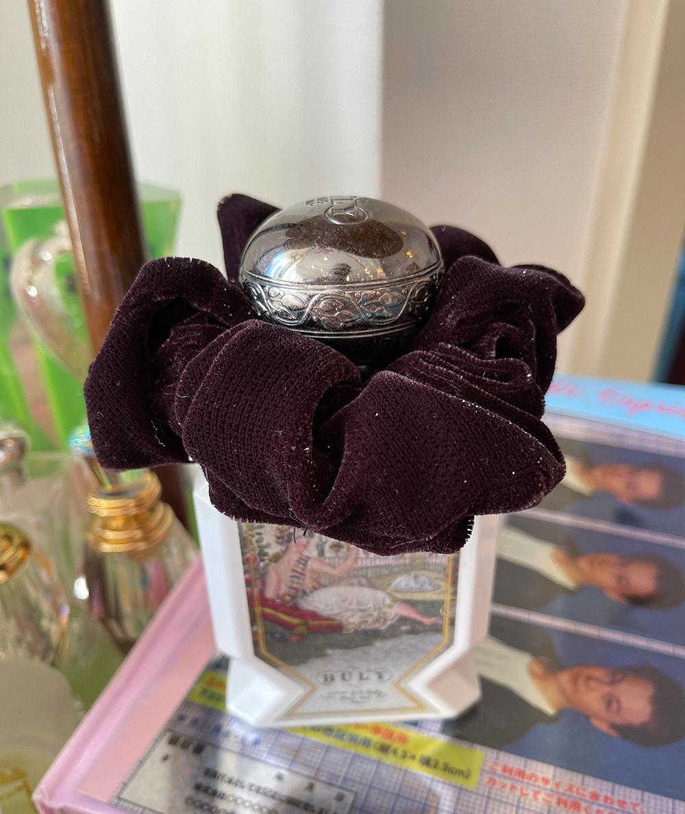 (brown) velvet ribbon twinkle chouchou
