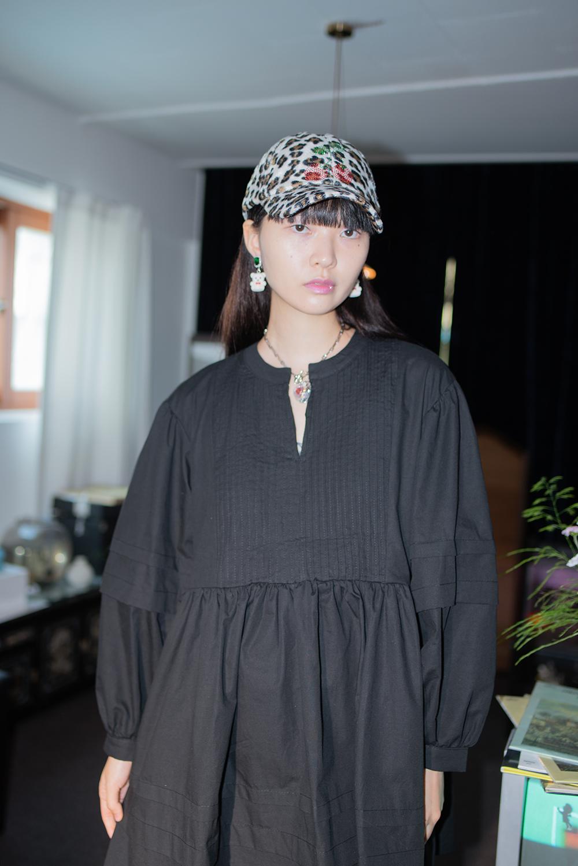 (Black) pin tuck mini dress