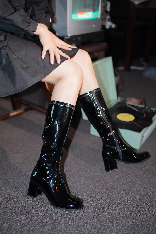 (2color) enamel middle boots