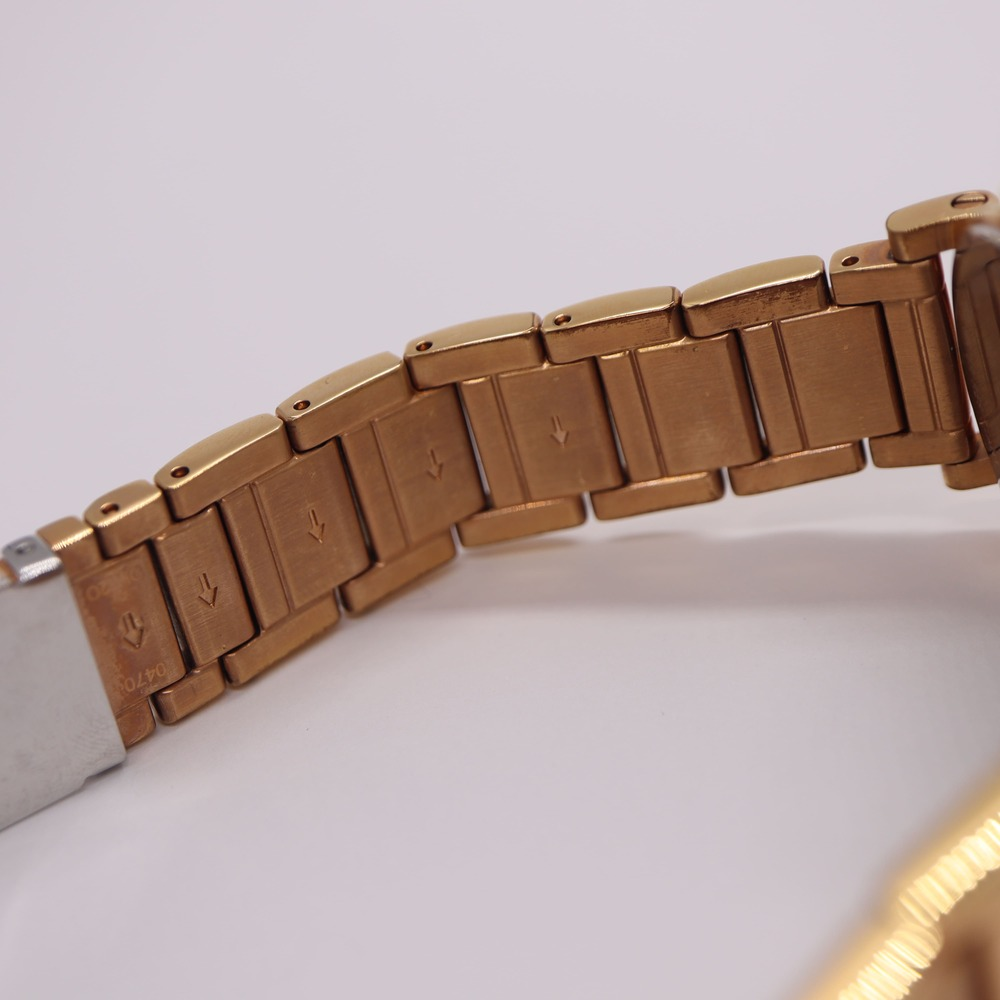 【COACH】コーチ ホワイト文字盤 ゴールドカラー CA.72.3.34.0742 美品 中古 クオーツ 腕時計