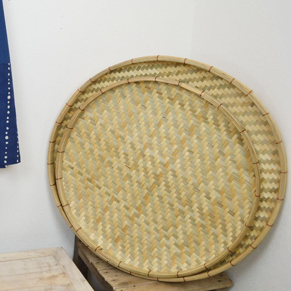 あじろ編み 竹 干しざる Sサイズ 皮竹材料 竹製 大きめサイズ 自家製なら安心 手作り 梅干し 野菜 海産物 天日干し 竹ざる 干物づくり 梅仕事に 魚の干物 通気性 丈夫 エコ 自然素材 ナチュラル 清潔 おやつ ベトナム製 内半皮