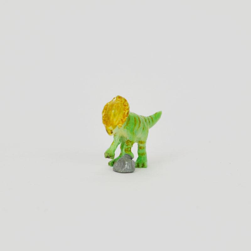 タイニーワールド ステゴケラス ミニチュア 恐竜