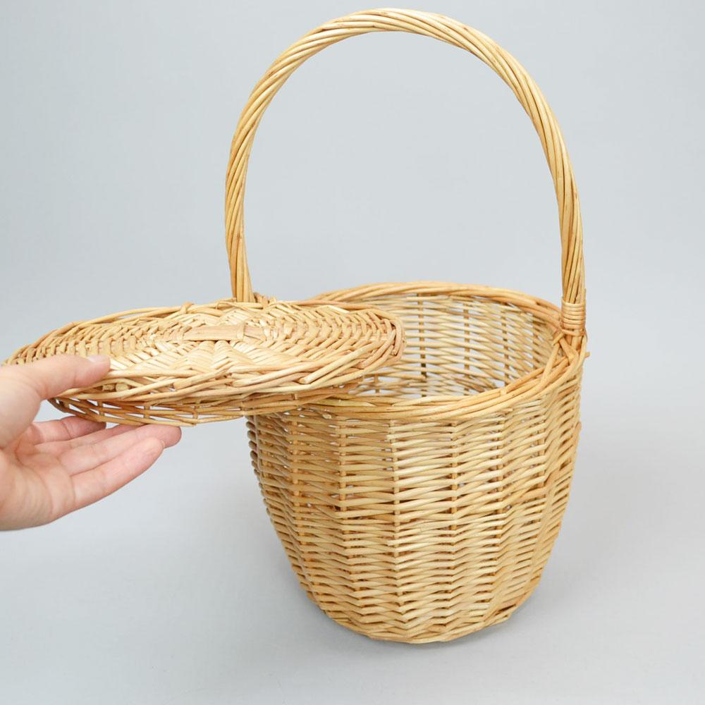 ウィッカーバスケット Lサイズ フタ付き 持ち手付き ナチュラル かご お出かけ おしゃれ かわいい ピクニック フタが持ち手に固定 レディース 中身が見えない インテリア 収納 シンプル 小物入れ 柳