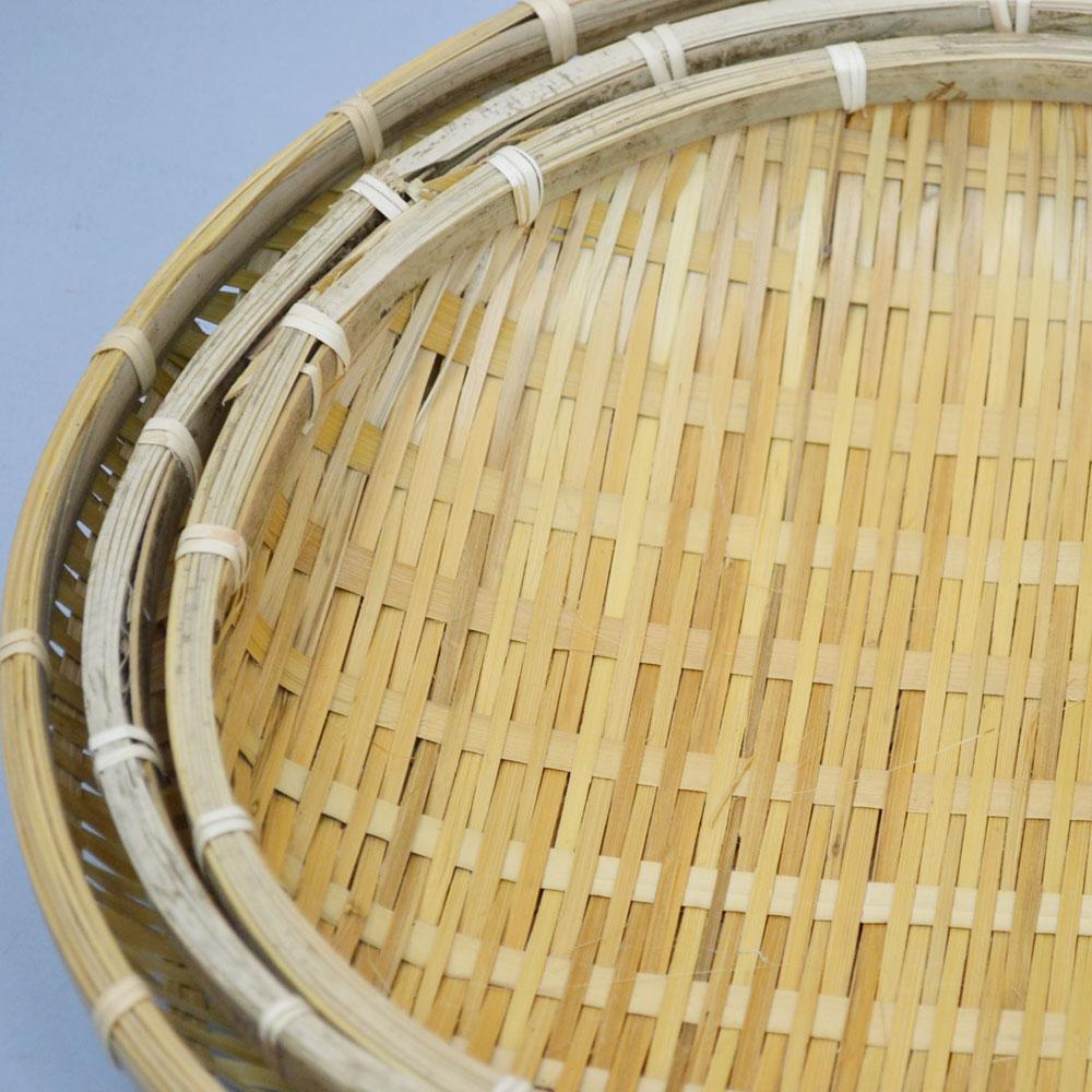 ござ目 干しざる 浅型 Sサイズ 皮竹材料 竹製 手作り 野菜 海産物 天日干し ザル 直径27.5cm 通気性 丈夫 エコ 自然素材 ナチュラル 清潔 おやつ ベトナム製 果物 盛り皿 日本の道具 日用品 普段使い 使い方様々 竹雑貨