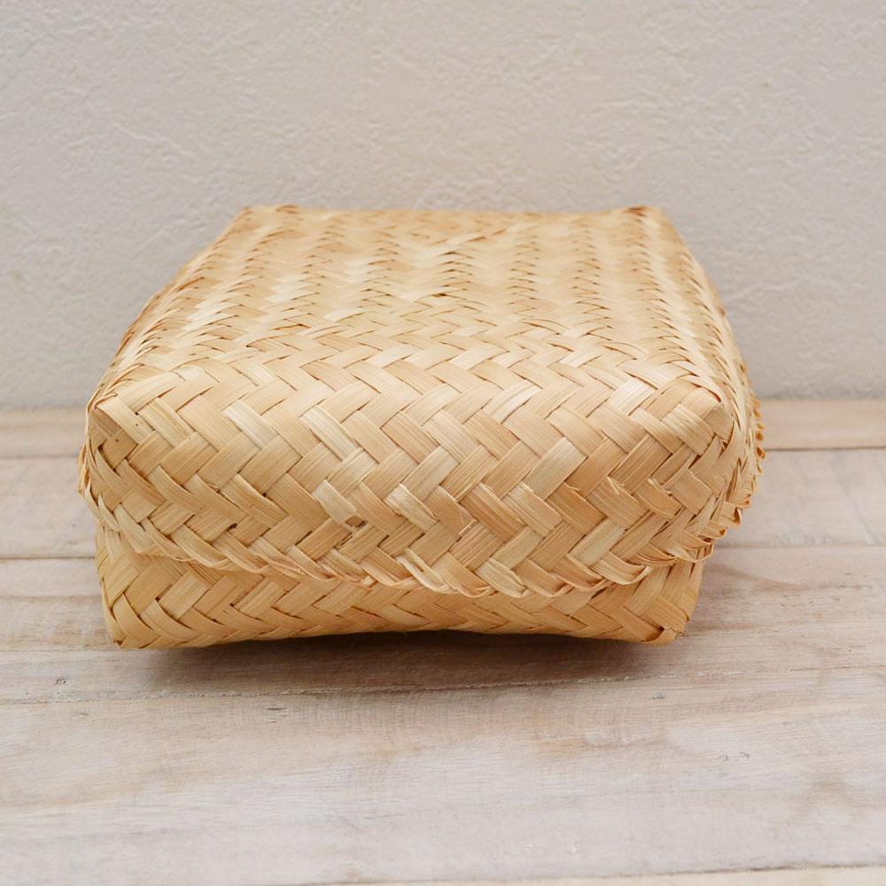 バンブー弁当箱 竹かご 103 ふた付き ナチュラルバスケット 収納 ベトナム製 裁縫箱 インテリア シンプル 見せる収納 小物収納 お菓子入れ 可愛い おしゃれ 北欧  かご カゴ オシャレ シンプル おにぎり入れ 竹 バンブー 竹雑貨