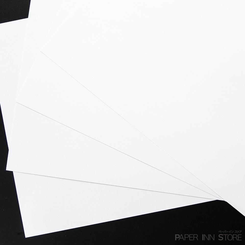 ニューVマット(連量:81.4g/�(4/6判 70K))