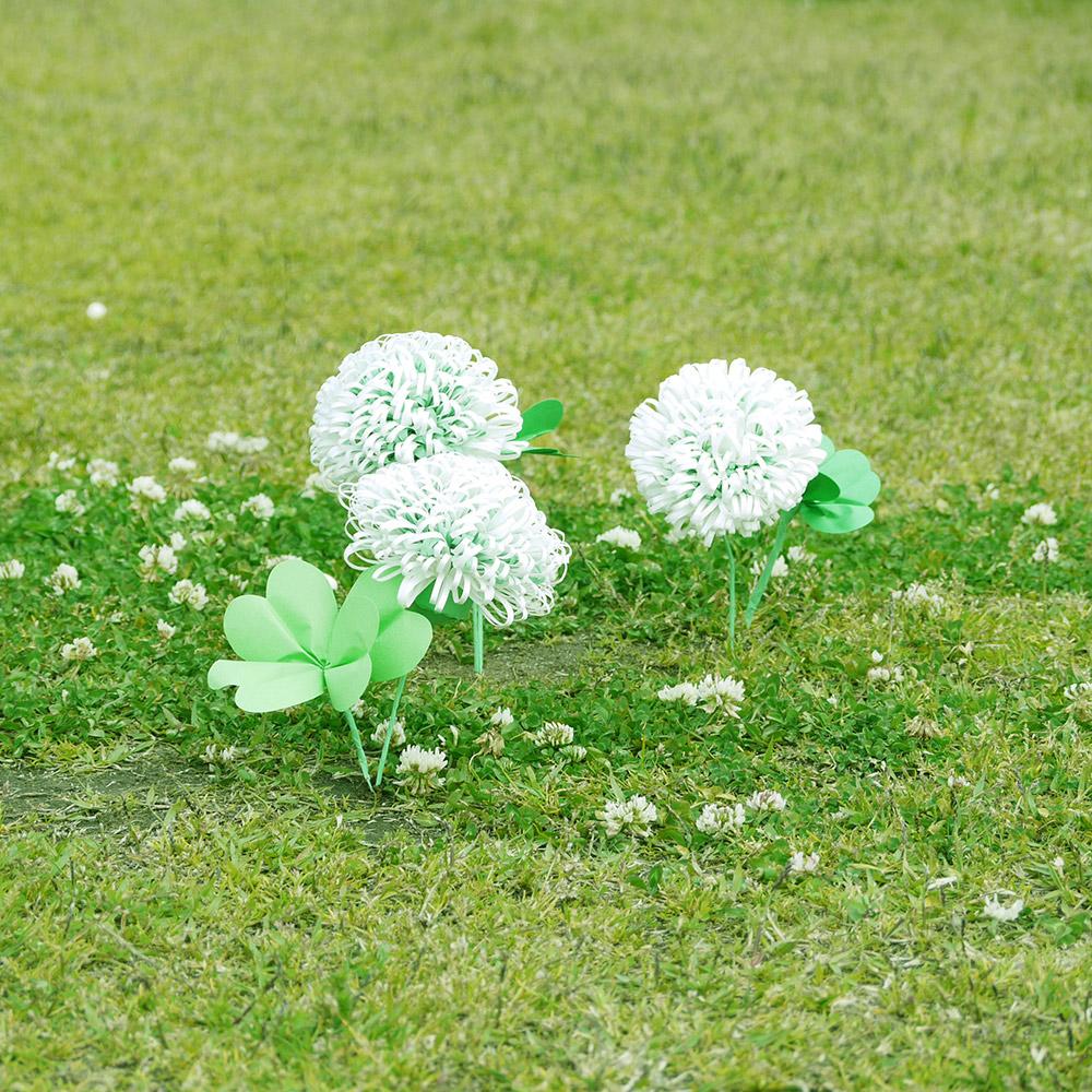 HAPPY CLOVER-シロツメクサとよつ葉のクローバー
