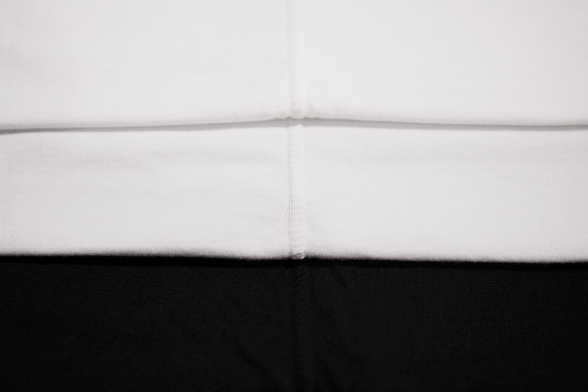Organic extra-long cotton backstitch tee  (black navy)