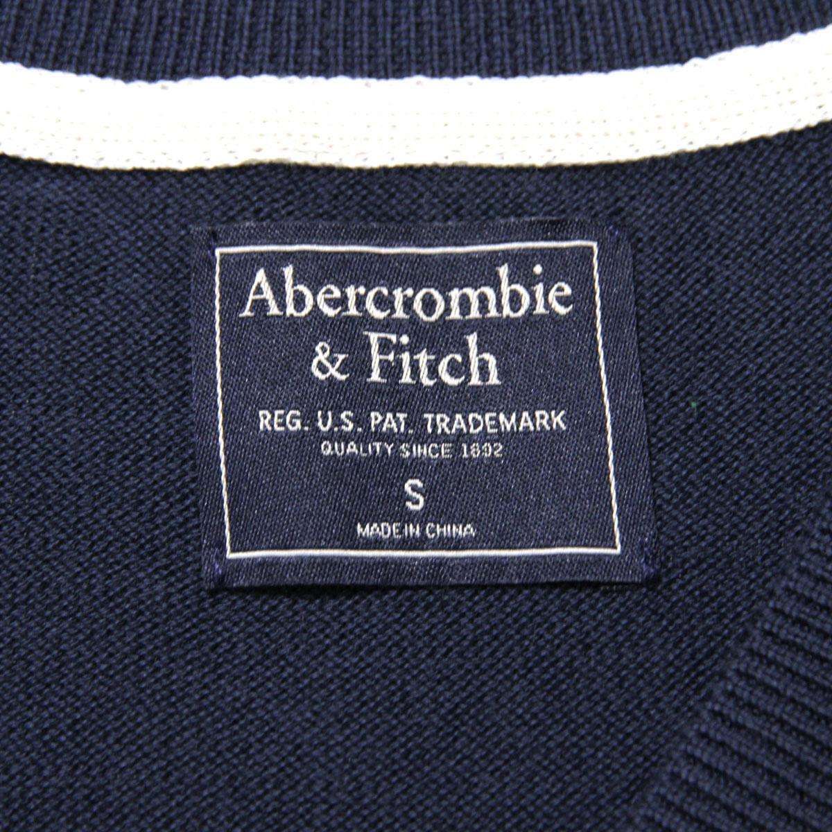 アバクロ セーター メンズ 正規品 Abercrombie&Fitch Vネックセーター ワンポイントロゴ  THE A&F ICON V-NECK SWEATER 120-201-1574-200  A02B B1C C1D D7E E06F