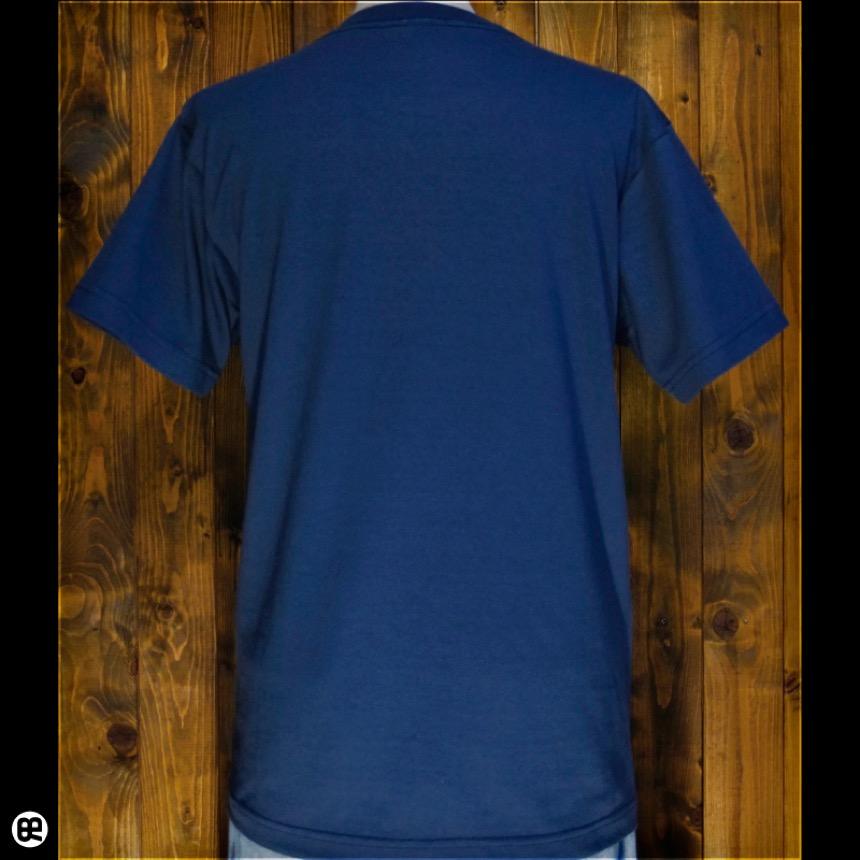 金床:デニム:Tシャツ