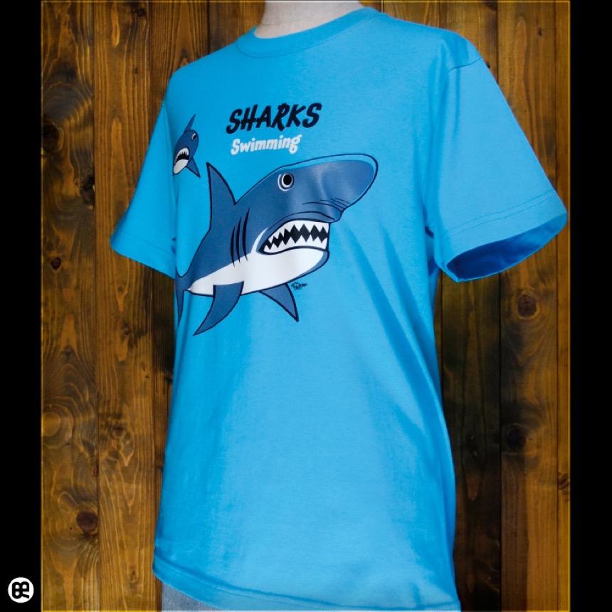 サメ親子:カリビアンブルー:Tシャツ