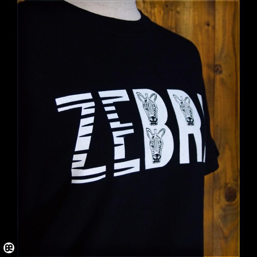 シマウマ探し:ディープブラック:Tシャツ