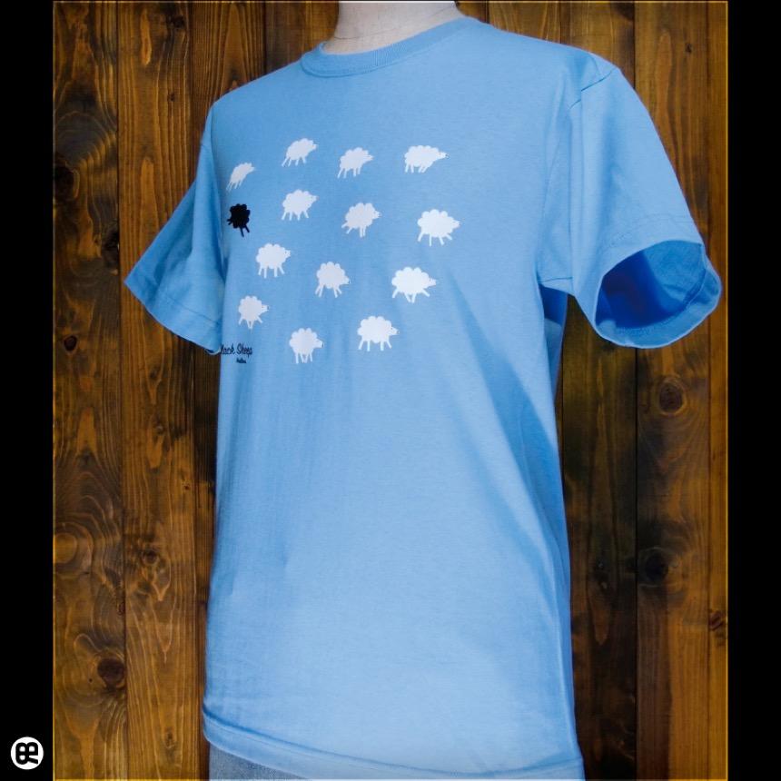 くろいひつじ:エアーブルー:Tシャツ