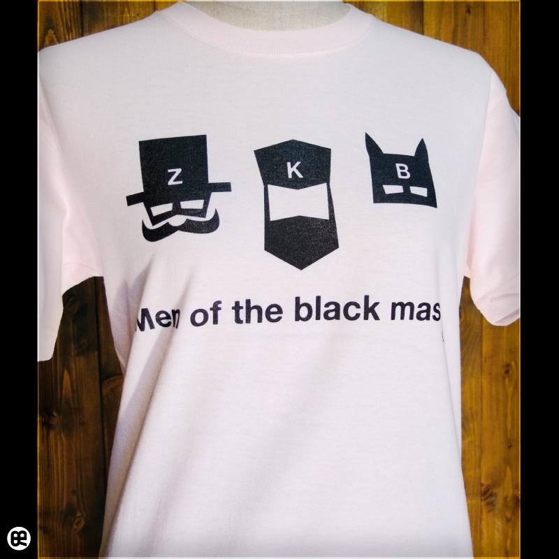 黒マスク : フロストピンク:Tシャツ