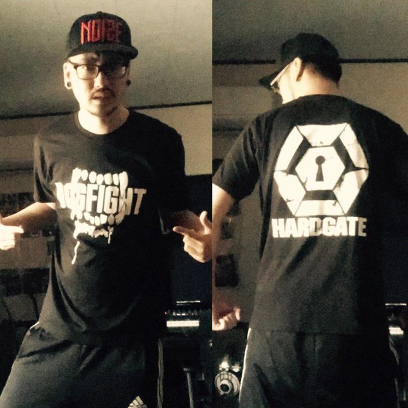 Dogfight Records × HARDGATE コラボTシャツ