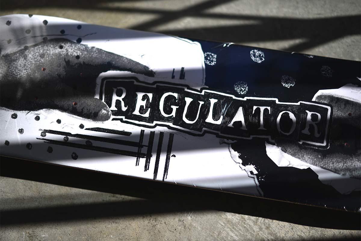 REGULATOR レギュレイト スケートボードデッキ REGULATOR TEAM DECK