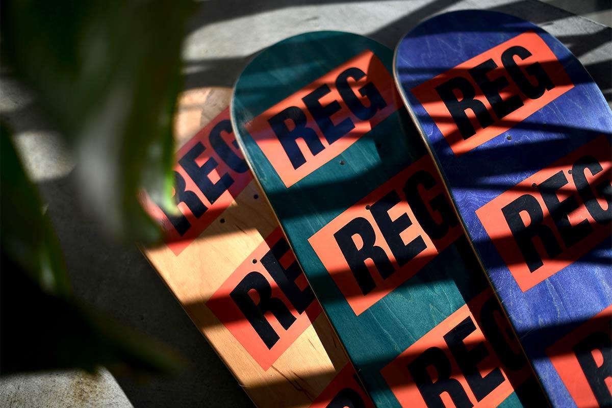 REGULATOR レギュレイト スケートボードデッキ #REGTAG 1st DECK