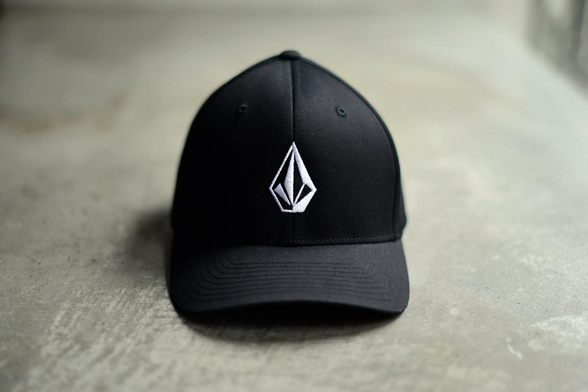 VOLCOM ボルコム メンズ ベースボールキャップ 帽子 D5511105 Full Stone Xfit Hat