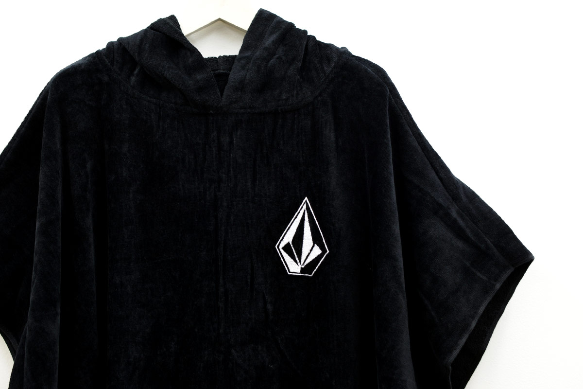 VOLCOM ボルコム メンズ サーフポンチョ タオル D6701909 Stone Hooded Towel [BLK]