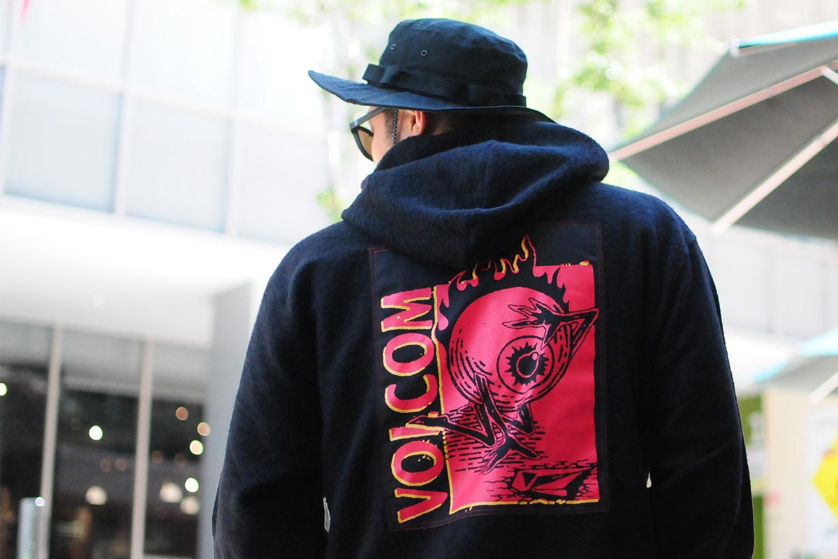 【Halloween Trick Price 15%OFF】 VOLCOM ボルコム  メンズ プルオーバーパーカー A4132013 Midfright P/O