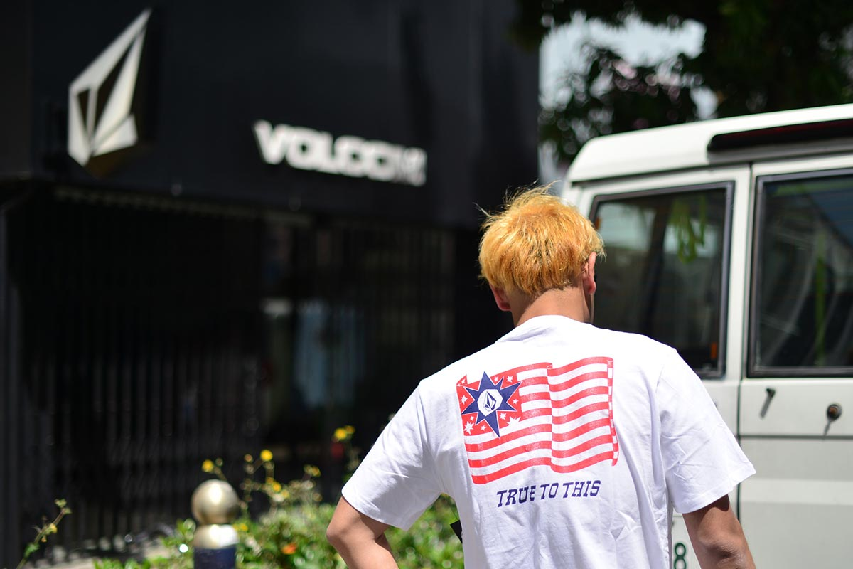 VOLCOM ボルコム メンズ アジアンフィットTシャツ 半袖 AF522101 Apac Morter S/S Tee [WHT]