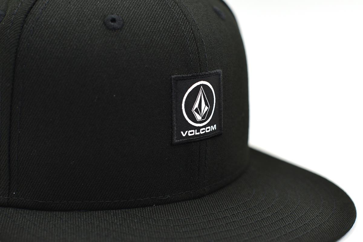 VOLCOM ボルコム メンズ スナップバックキャップ NEW ERA 帽子 D5512102 Box Stone Snapback [BLK]