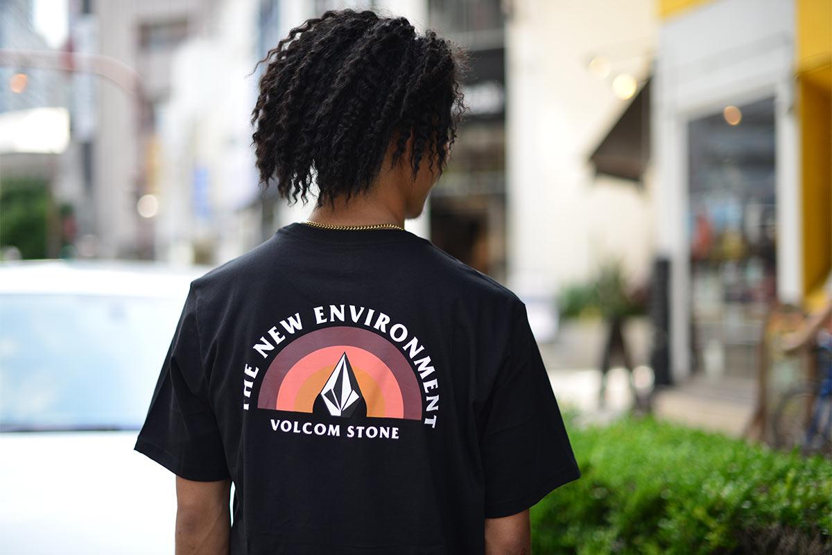 【30%OFF】 VOLCOM ボルコム メンズ アジアンフィットTシャツ 半袖 AF742007 Painbow S/S Tee [BLK]
