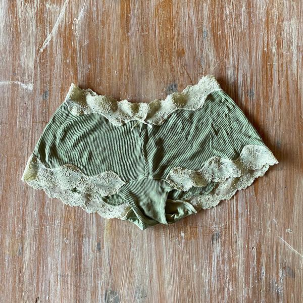 絹糸紡 シルク キャミソール「テレコリブ×レース」 草木染め 14緑香る【送料無料・ネコポス不可】