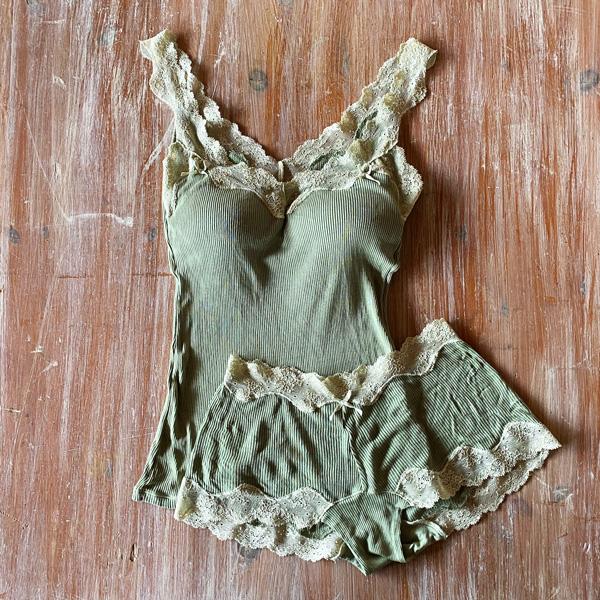 絹糸紡 シルク 1分丈ショーツ「テレコリブ×レース」 草木染め 14緑香る【ネコポス可】