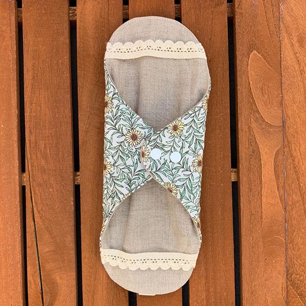 布ナプキン[普通の日・多い日用] 可愛い花柄ホルダーMサイズ 防水あり 肌面オーガニックリネン ディジー【ネコポス可】