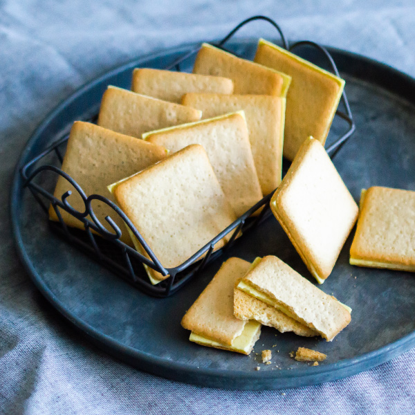 りんごとバター。 COBACO クッキー3個 宅急便発送 Pgift