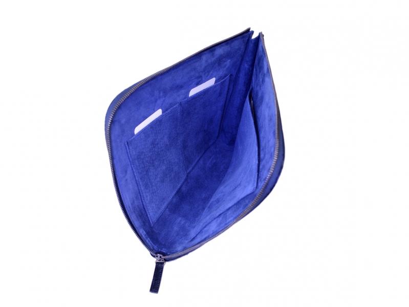 パイソン 迷彩プリントサンドポリッシュ クラッチバック ブルー
