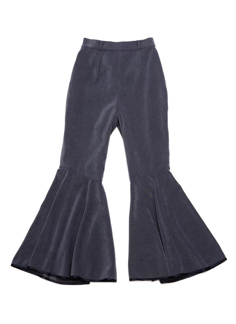 Hem piping flare pants