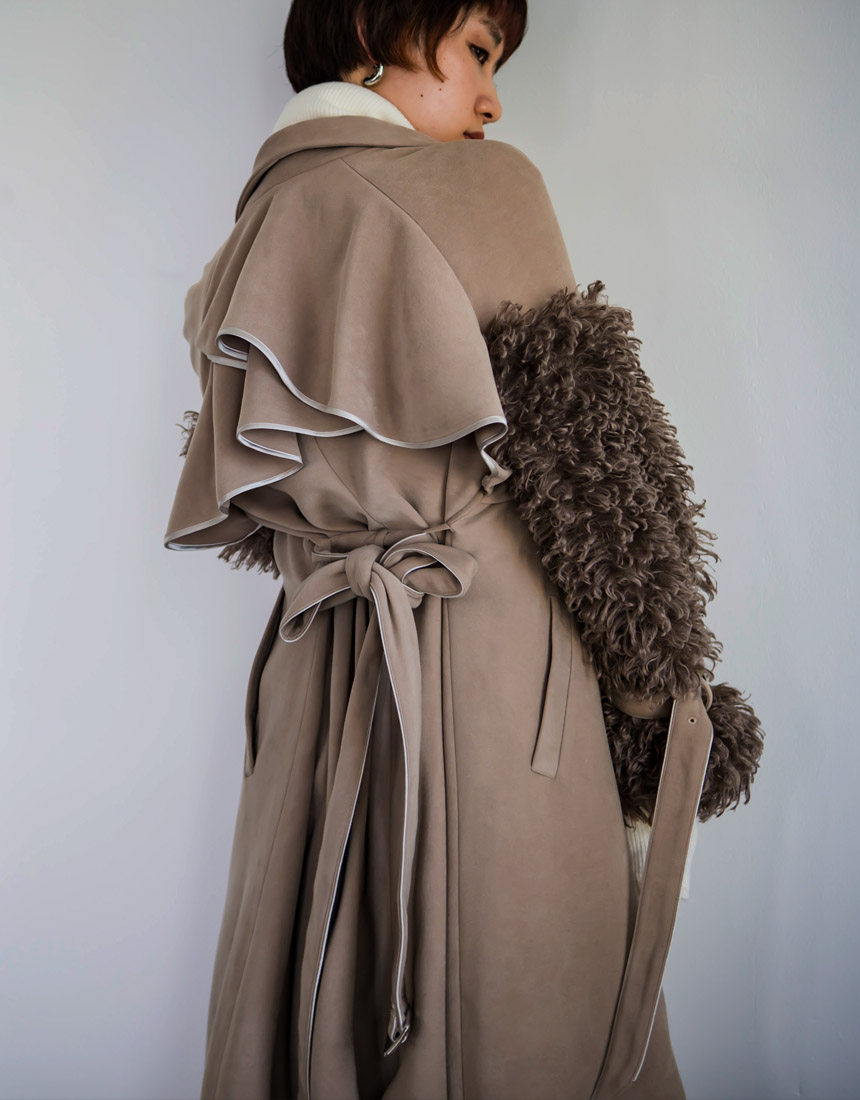 【予約】Fur sleeve trench coat