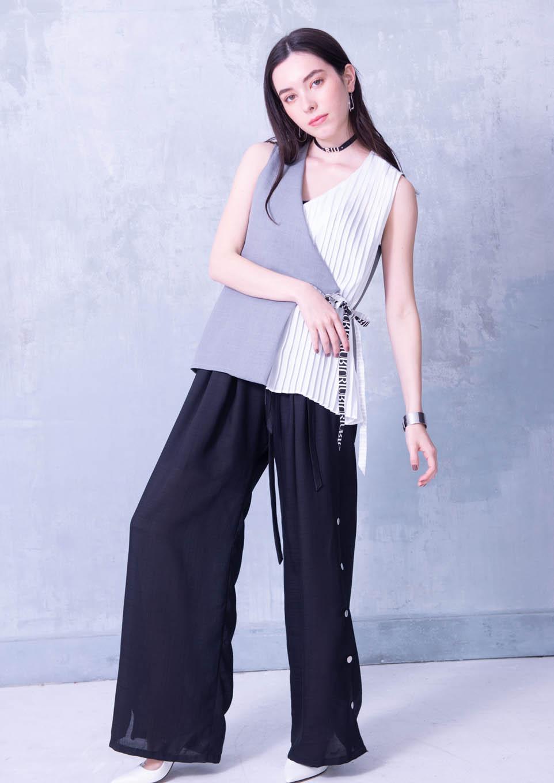 Side slit snap pants