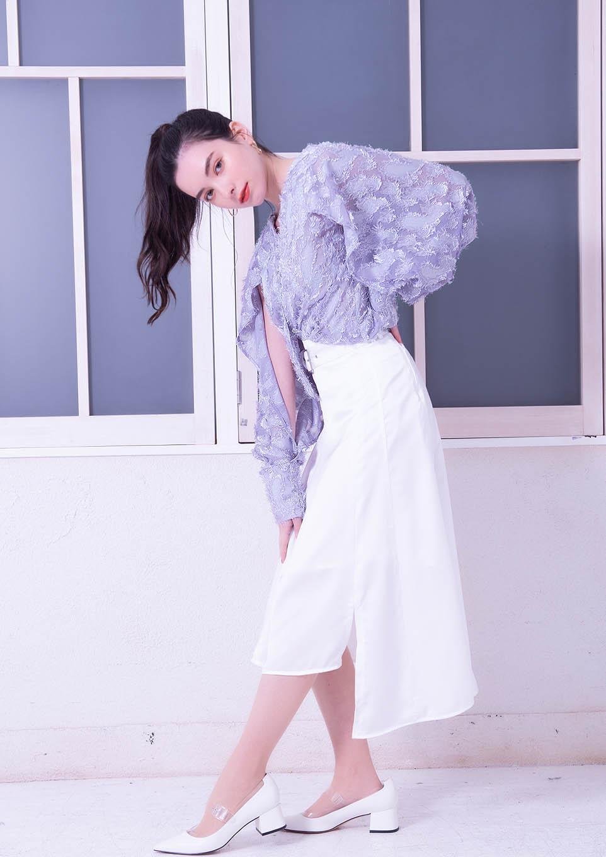 One shoulder irregular skirt