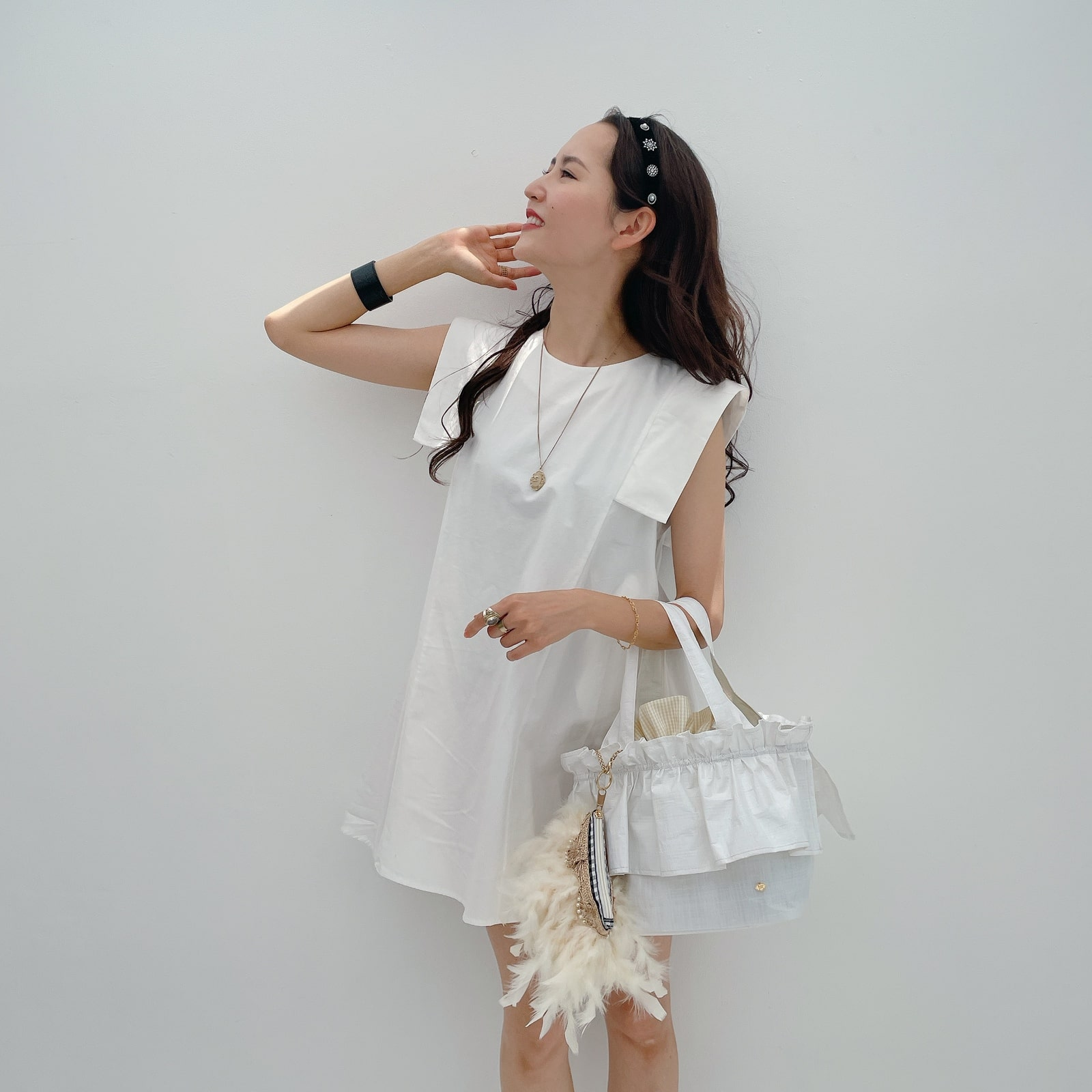 PVCバッグ Monochro Frill Bebe