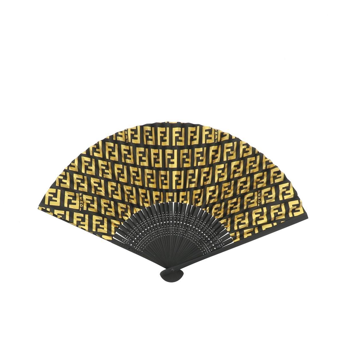 【美品】フェンディ ズッカ柄 扇子 ブラック アンド ゴールド FENDI Zucca Fan Black & Gold