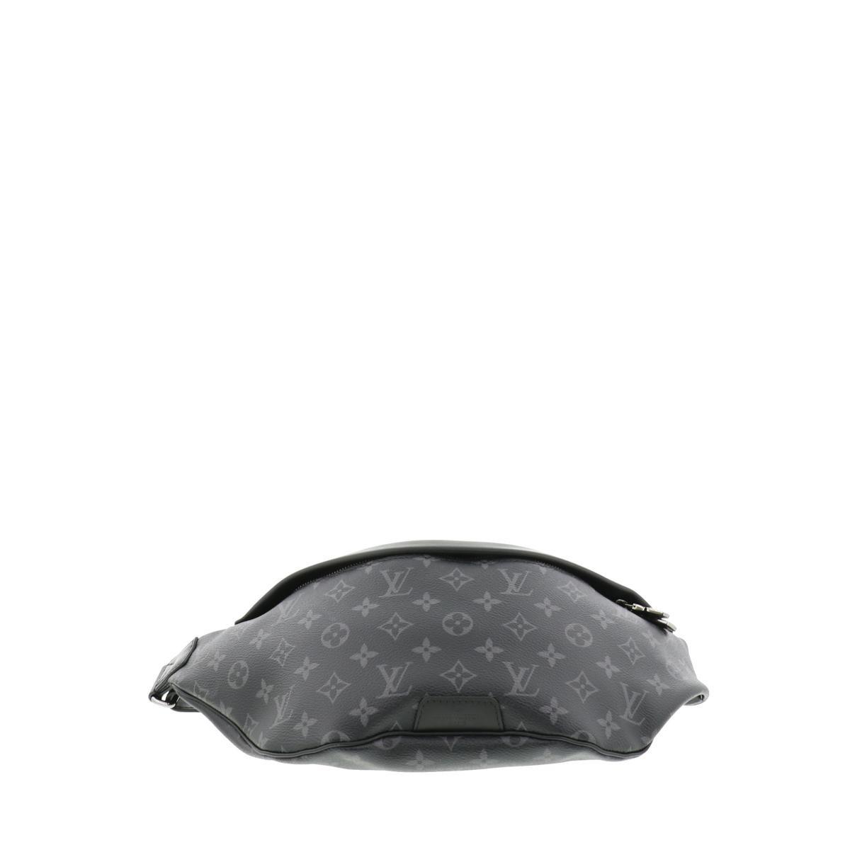 【中古】LOUIS VUITTON (ルイヴィトン) ディスカバリー・バムバッグ バッグ ウェスト/ボディバッグ Monogram Eclipse Black/ブラック M44336 used:A