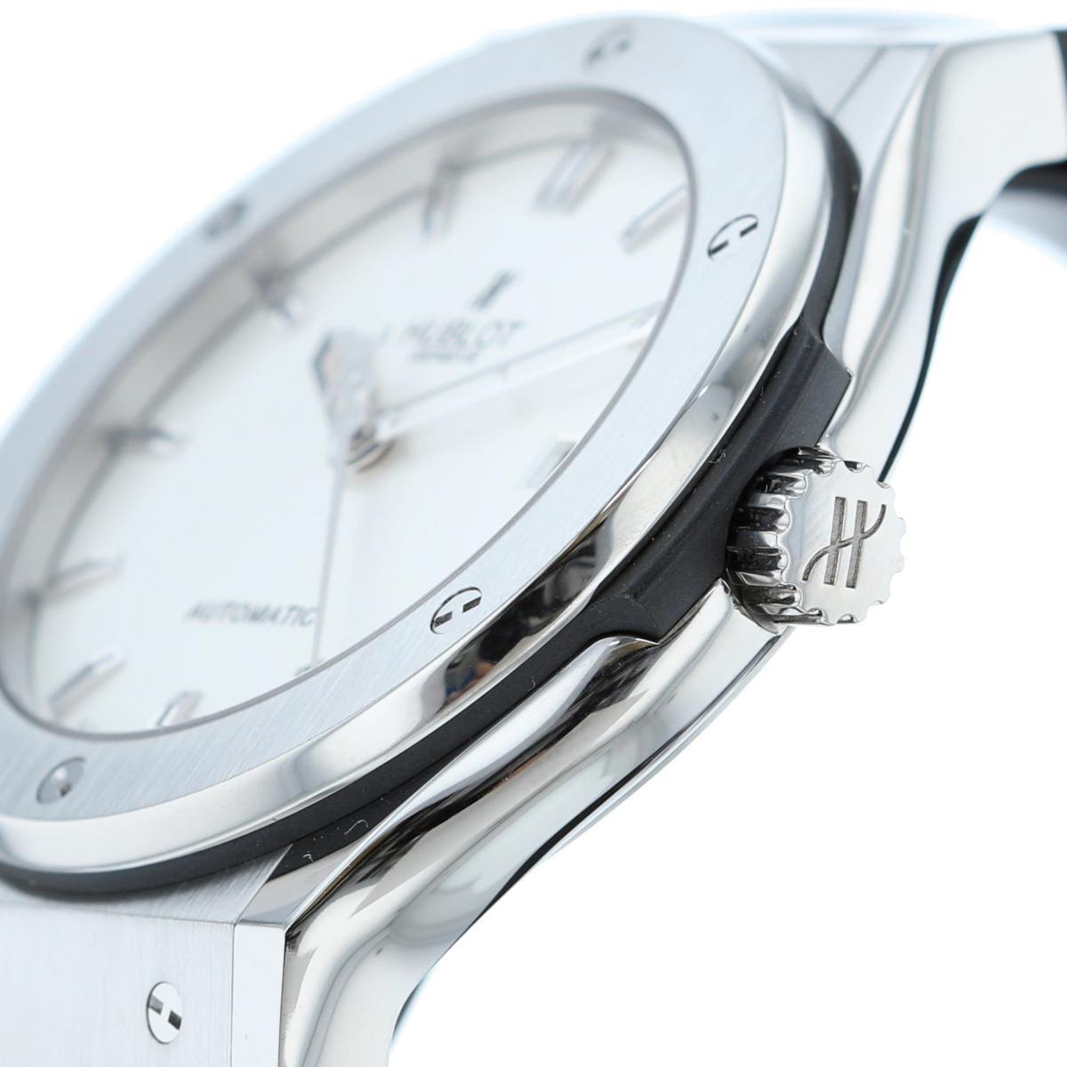 【SALE】HUBLOT ウブロ クラシックフュージョン チタニウム 時計 自動巻き/メンズ クラシックフュージョン White/ホワイト 542.NX.2610.LR used:A