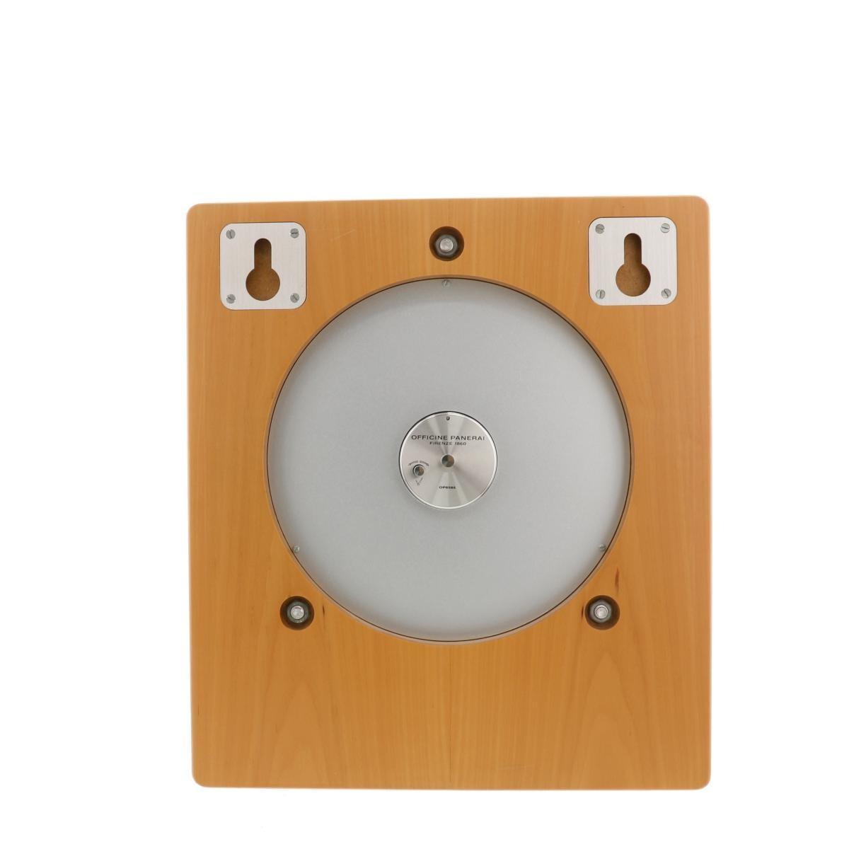 【中古】PANERAI (パネライ) ウォールクロック 時計 置/掛け時計  Black PAM00174 used:A