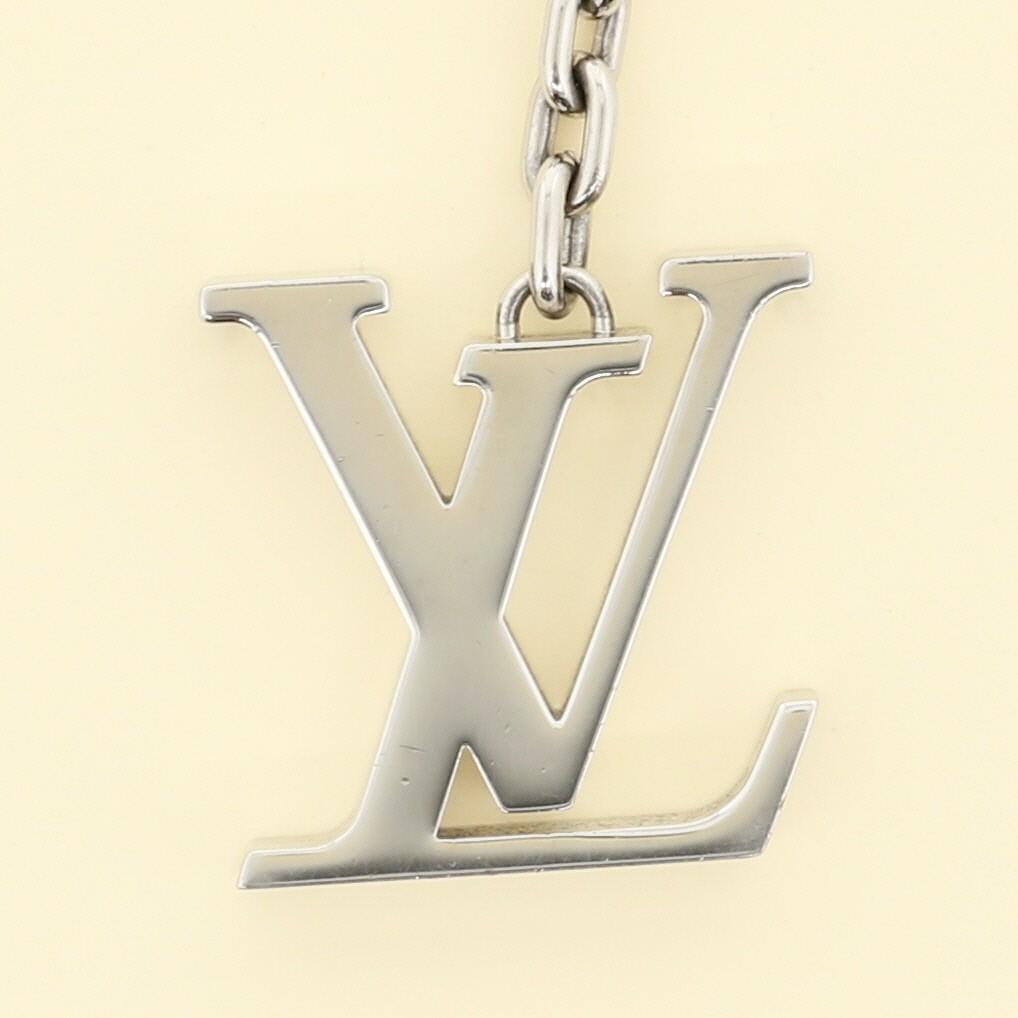 【中古】LOUIS VUITTON (ルイヴィトン) ポルト クレ・イニシアル LV 小物 キーリング/キーホルダー Initiale Silver/シルバー M65071 used:B