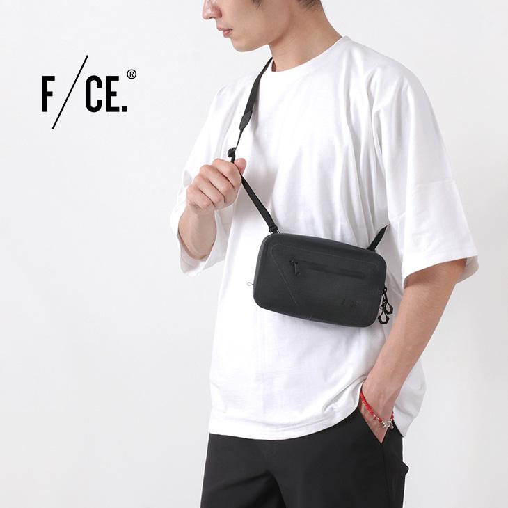 【30%OFF】F/CE.(エフシーイー)シームレス サコッシュ / メンズ / ミニショルダーバッグ / ポーチ / 防水 / SEAMLESS SACOCHE【セール】