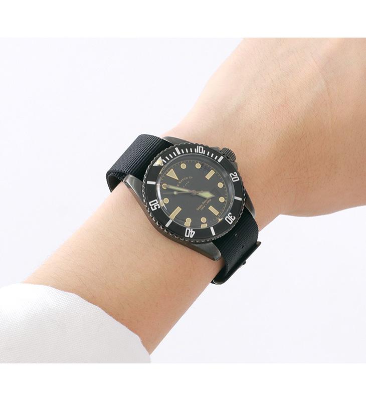 VAGUE WATCH Co.(ヴァーグウォッチ) / BLKSUB / ブラックサブ / ストラップ2色(ブラック/カーキ) / ダイバーズウォッチ / 100m防水 / 10気圧防水