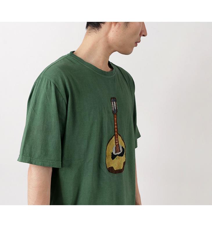 SLOW HANDS(スローハンズ) バティックプリント マンドリン Tシャツ / ハンドステッチ / ろうけつ染め / 刺繍 / BATIK MANDOLIN PT T
