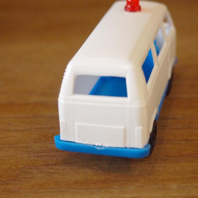 イタリア プラスチック ワーゲンバス アソート2コセット