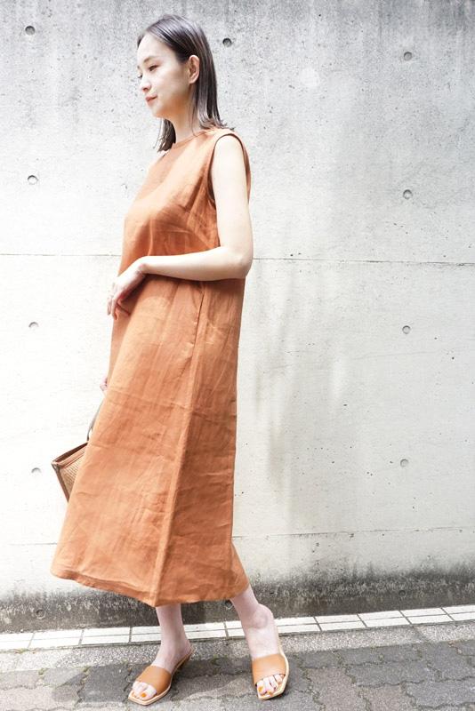 【SALE】Nerine バックパールリネンワンピース