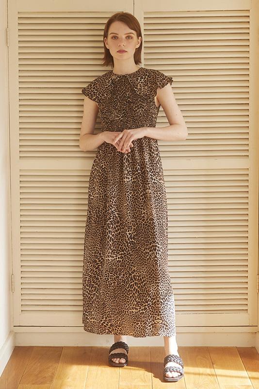 【SALE】GHOSPELL Leopard Shirring Midi Dress