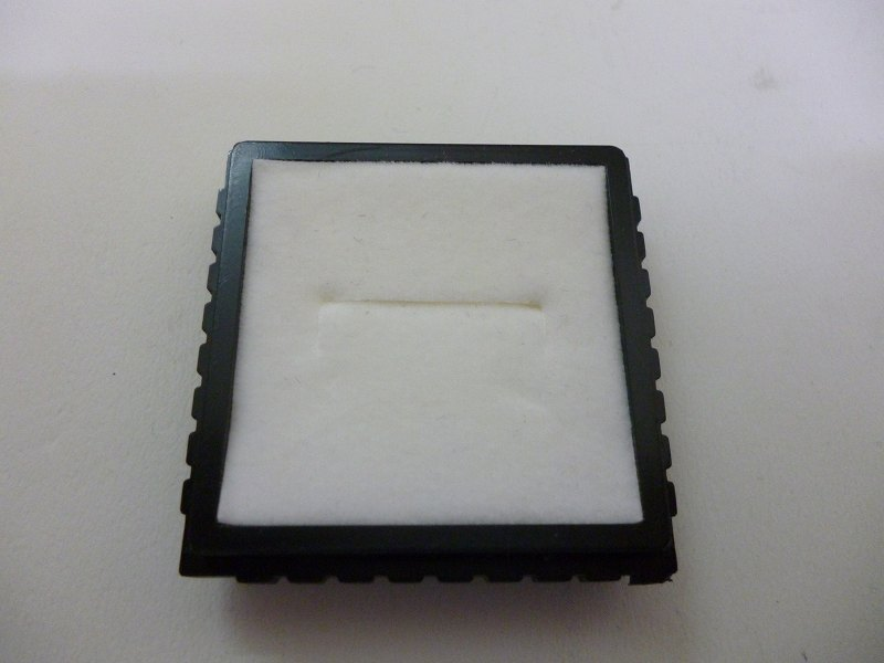 B12(R) プラスチックケース 12個入り (リング用) 紺・白